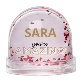 Personalised snow globe - Hearts