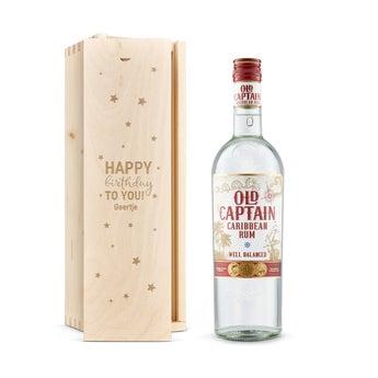 Old Captain (wit) rum - In gegraveerde kist