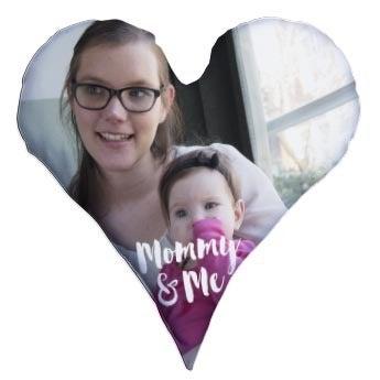 Almofada em forma de coração de dia das mães