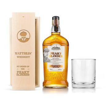 Conjunto de whisky Peaky Blinders - caixa de madeira gravada