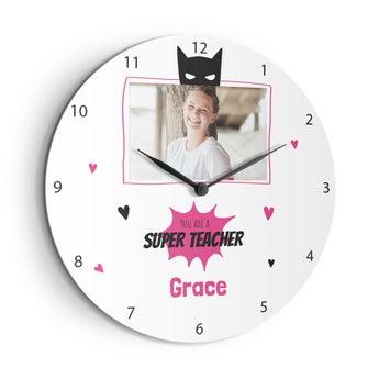 Duży zegar dla nauczyciela