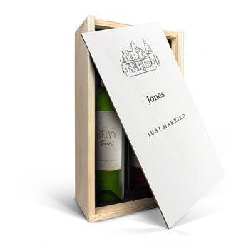 Presente de vinho definido no caso - Belvy - vermelho e branco