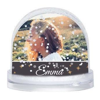 Snow globe Snow