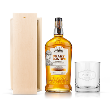 Peaky Blinders  whiskey ze szklanką