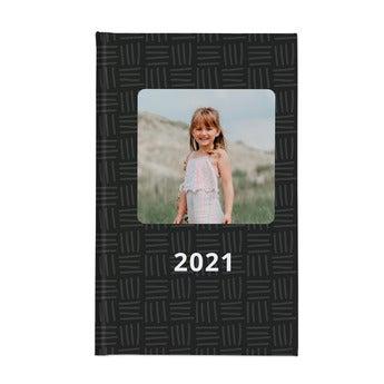 Kalendarz w twardej oprawie 2021