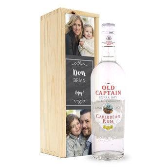 Rum velho capitão branco