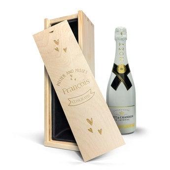 Champagne Moët & Chandon - Couvercle gravé