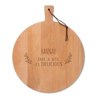 Drevený servírovací tanier - bukové drevo - okrúhle (M)
