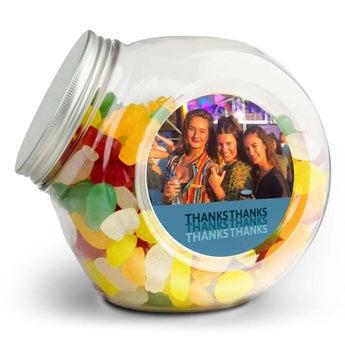 Üveg édességekkel