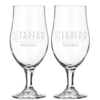 Ölglas graverat med namn