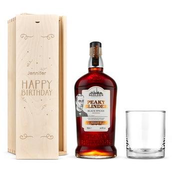 Peaky Blinders Rum ze szklanką w skrzynce