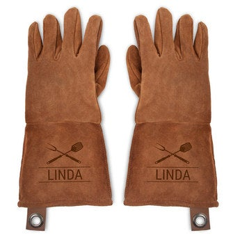 Leather oven gloves