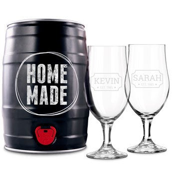Personalised home beer brewing kit including glasses - Lager