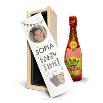 Personalised non-alcoholic children's champagne