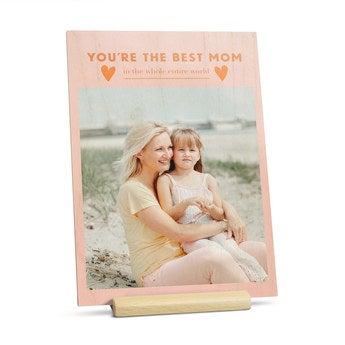 Drewniana kartka na Dzień Matki - pionowa