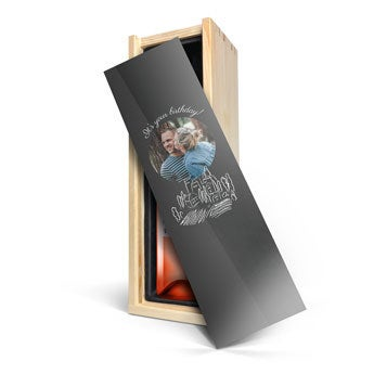 Różowe Wino Belvy - w skrzynce ze zdjęciem