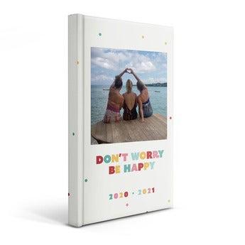 Personlig skole dagbok 2020/2021 - Innbundet