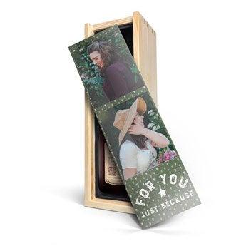 Vino con caja personalizada - Farina Amarone Valpolicella