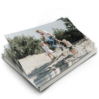 Æske med kort med billede på – lykkeønskningskort i postkort stil