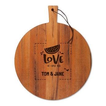 Dřevěný servírovací talíř - týk - kulatý (M)