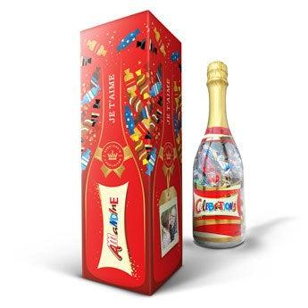 Celebrations chocolats en bouteille personnalisée