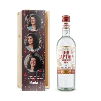 Old Captain (wit) rum - In bedrukte kist