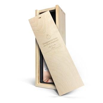 Maison de la Surprise Syrah - In engraved wooden case