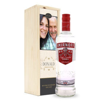 Vodka en caja impresa - Smirnoff