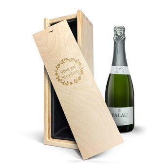 Cava in engraved case - Palau Semi Sec (750 ml)