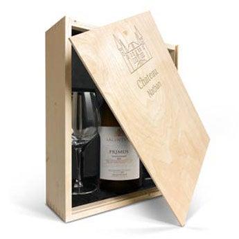 Salentein Primus Chardonnay med graverade vinglas