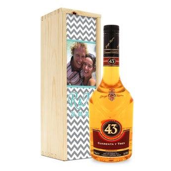 Licor 43 en caja personalizada