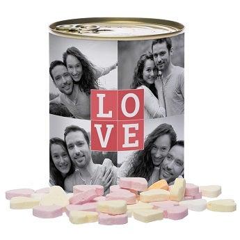 Blechdose mit Süßigkeiten