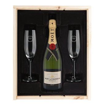 Champagnepakker med indgraverede briller