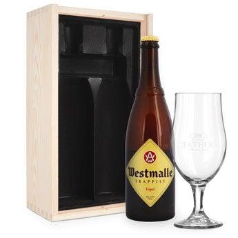 Birra con bicchere inciso per la festa del papà