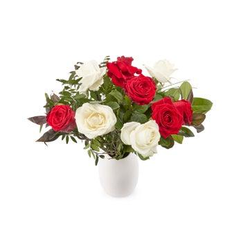 Rode en witte rozen boeket