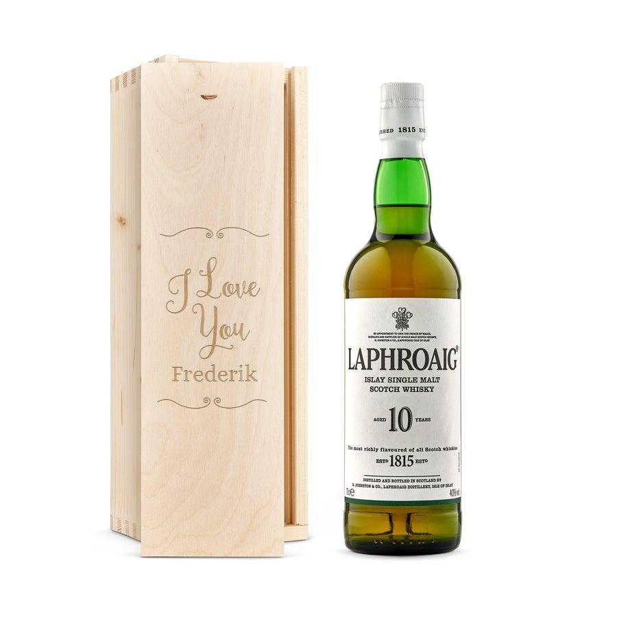 Whisky i indgraveret æske –    Laphroaig 10-års whisky