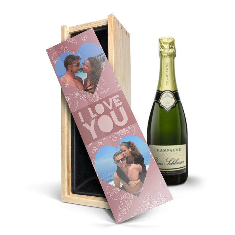 Champagne i indgraveret kasse - René Schloesser (750ml)