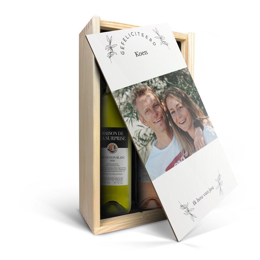 Wijnpakket in bedrukte kist - Maison de la Surprise - Syrah en Sauvignon Blanc
