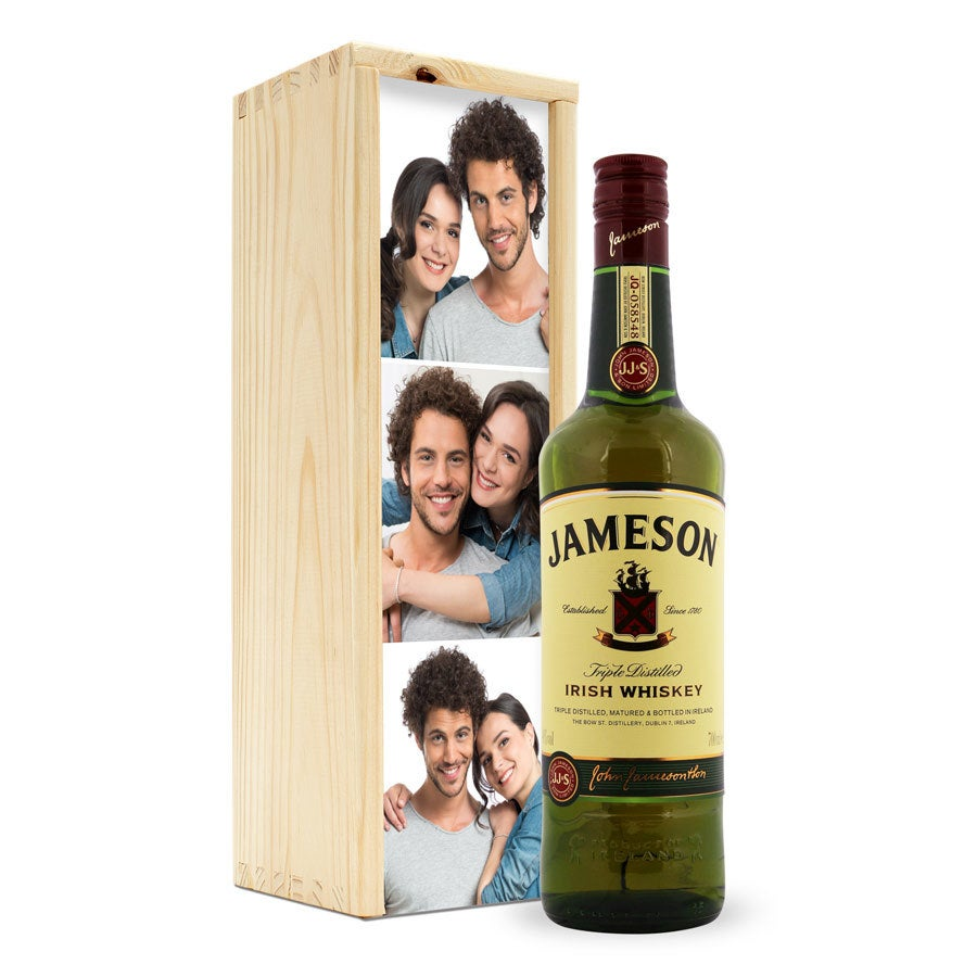 Whiskey in bedrukte kist - Jameson