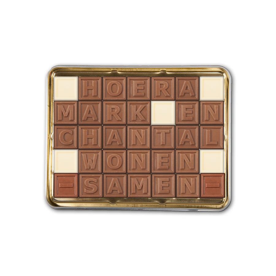 Chocotelegram met persoonlijke boodschap in cadeaublik - 35 letters