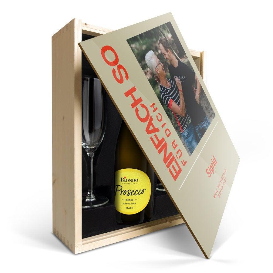 Individuellleckereien - Weinpaket mit Gläsern Riondo Prosecco Spumante Bedruckter Deckel - Onlineshop YourSurprise