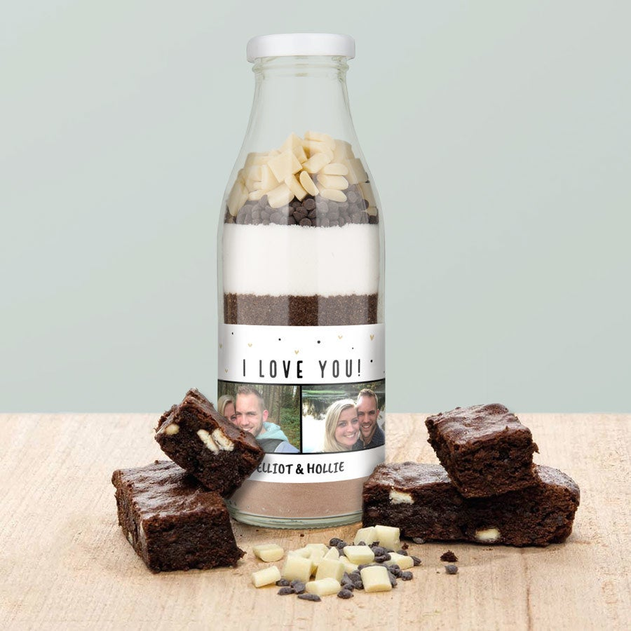 Mistura de cozimento em uma garrafa - Brownies de chocolate duplos