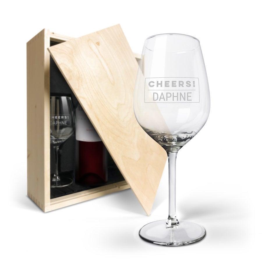 Wijnpakket met wijnglazen - Luc Pirlet Merlot - Gegraveerde glazen