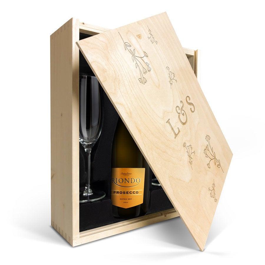 Individuellleckereien - Weinpaket mit Gläsern Riondo Prosecco Spumante Gravierter Deckel - Onlineshop YourSurprise