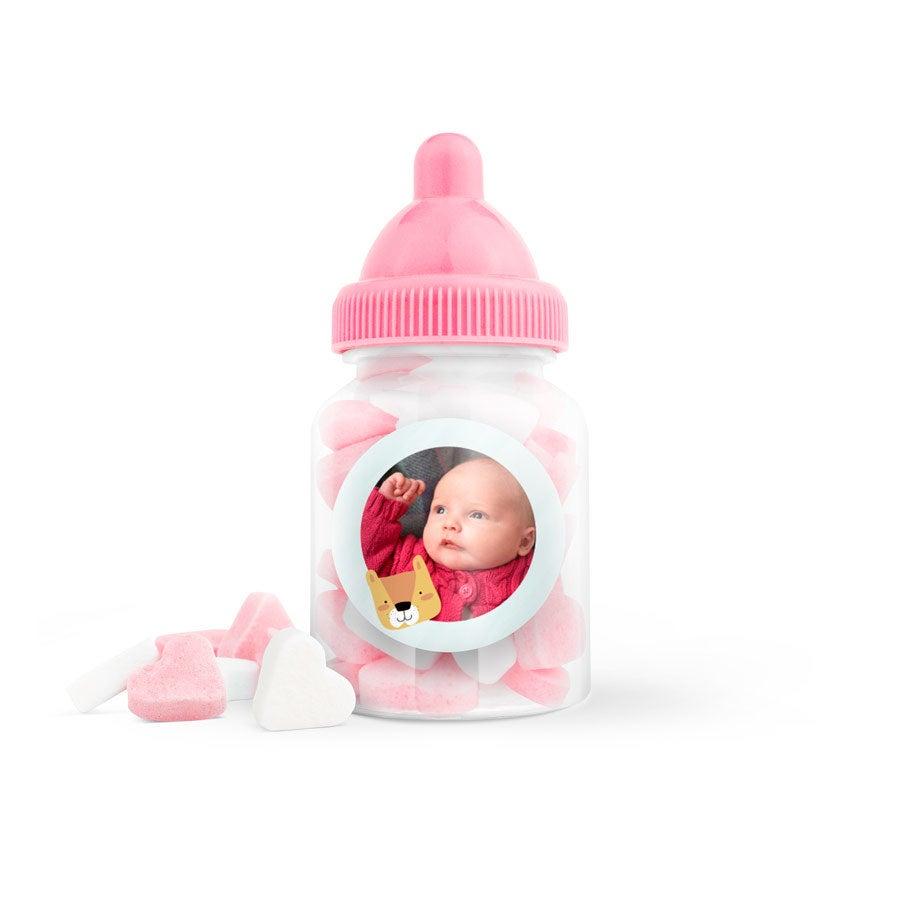 Suikerhartjes in bedrukt babyflesje (roze) - 60 stuks