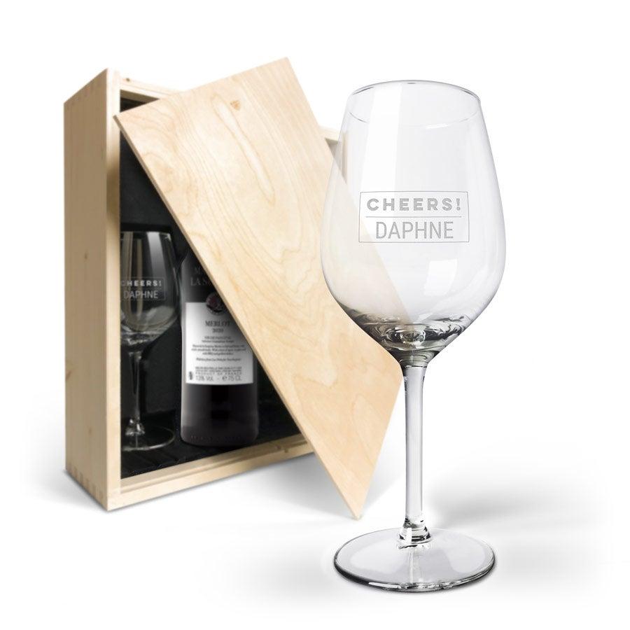 Wijnpakket met glas - Maison de la Surprise Merlot (Gegraveerde glazen)
