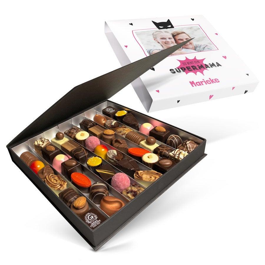 Luxe bonbon giftbox bedrukken - Moederdag (49 stuks)