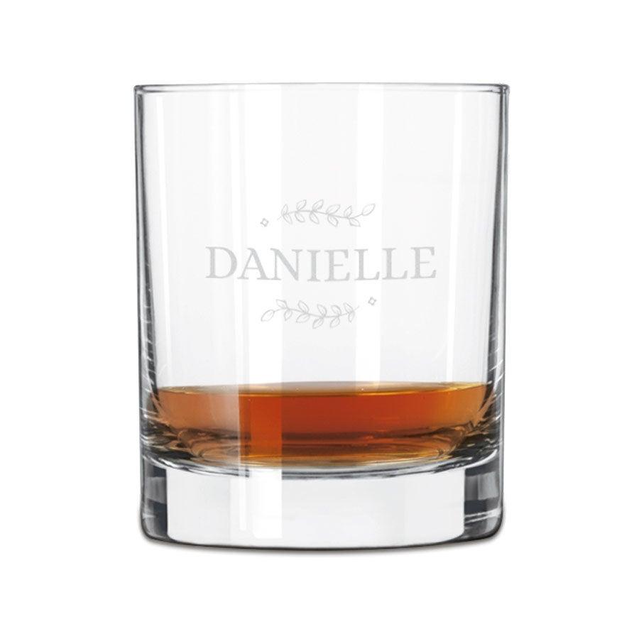 Vaso de whisky grabado