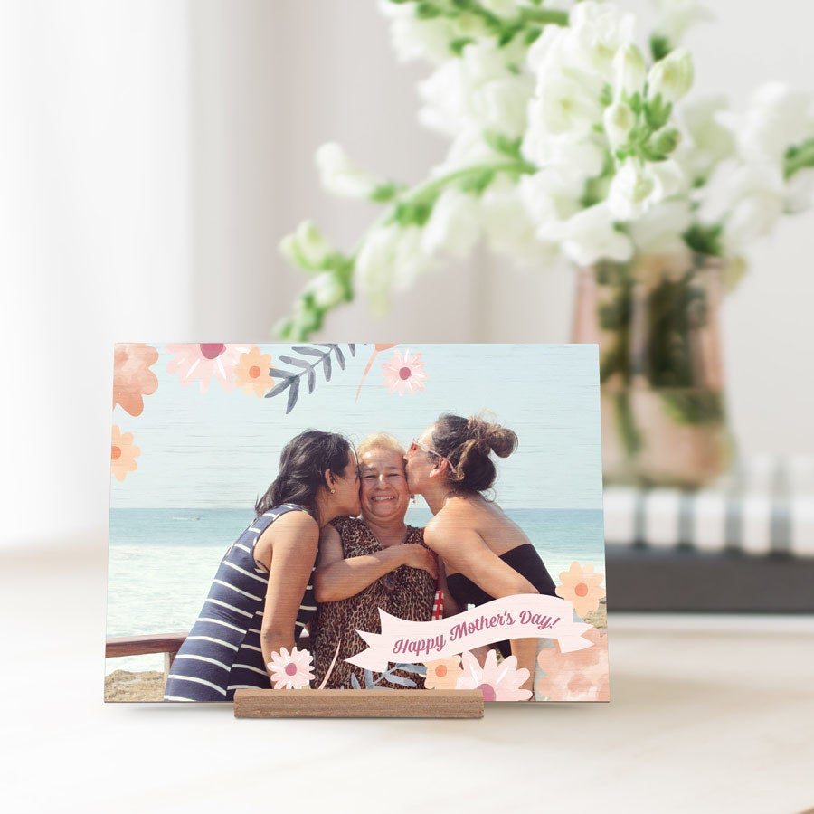 Wooden Mother's Day card — horizontal