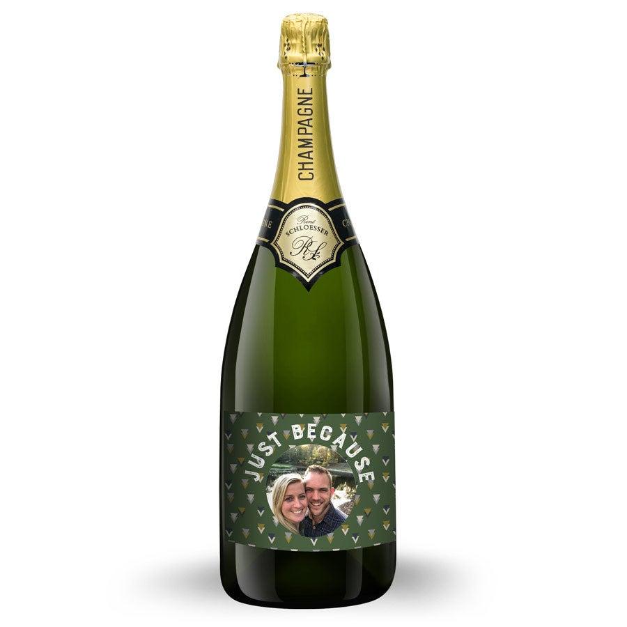 Champagne med trykt etikette - René Schloesser (150 cl)